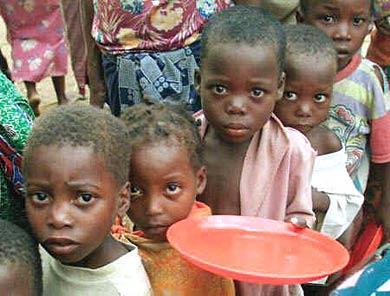 https://joseppamies.files.wordpress.com/2011/06/68d7c-20070711161908-ninos-africa.jpg